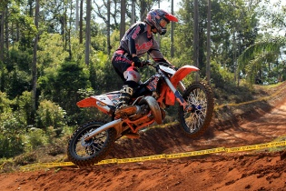 Lucas Dunka � campe�o do Catarinense de Motocross 2016